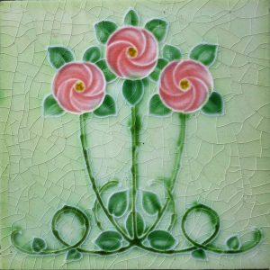 płytki łazienkowe z motywem róży
